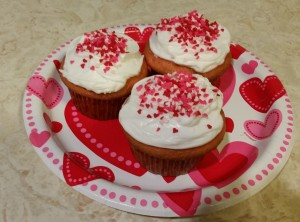 strawberry cupcakes - plated 2